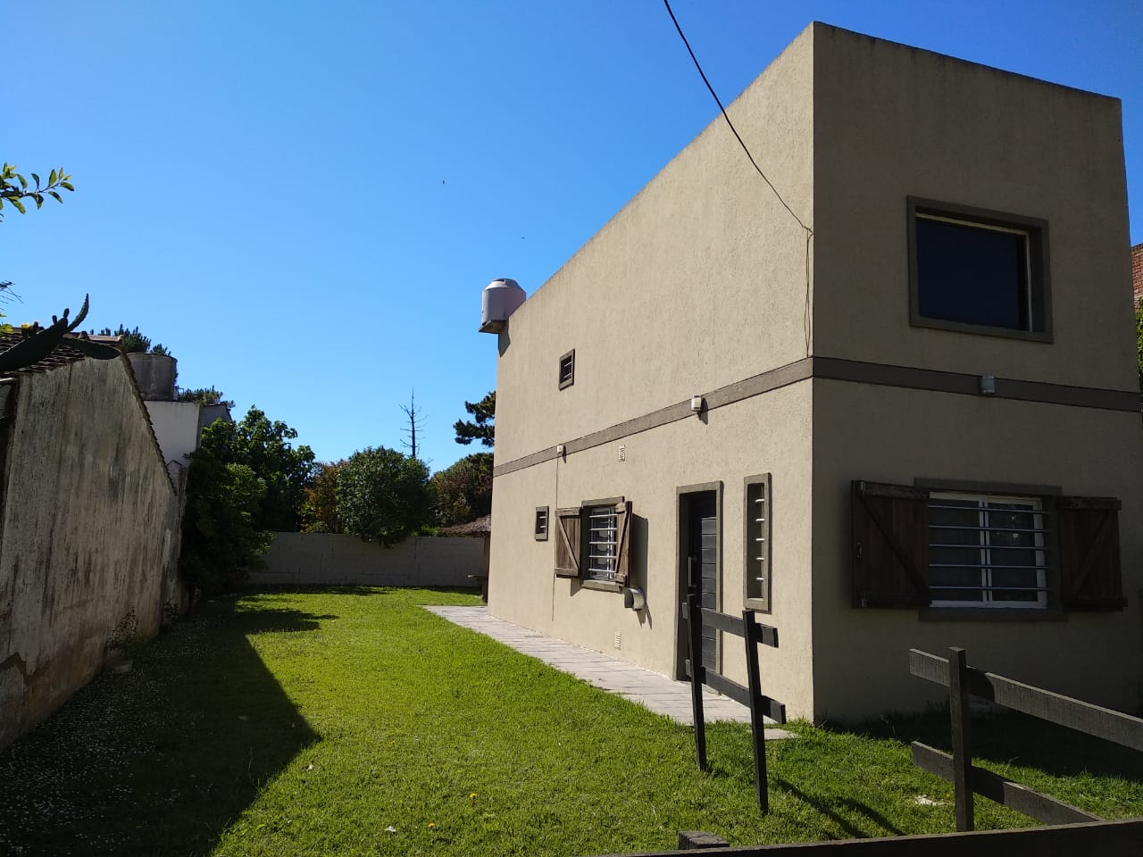 Valparaiso 825