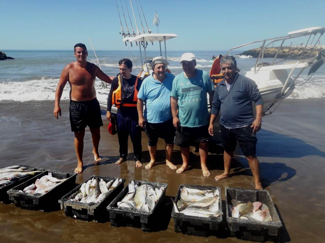 "Pesca Embarcado "" El Intruso """