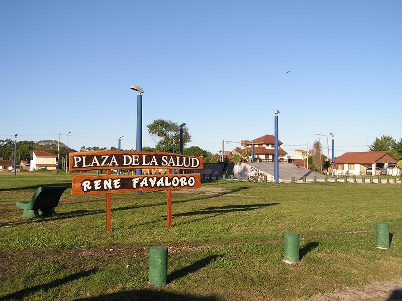 Plaza René Favaloro