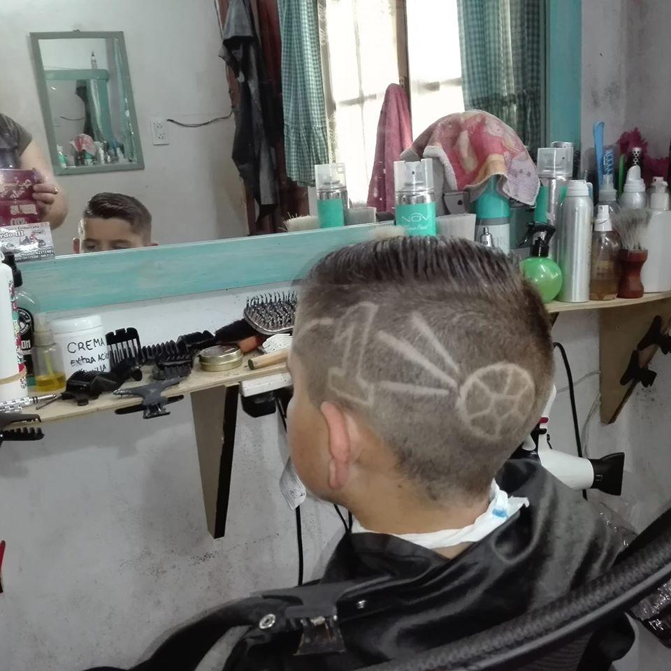 Peluquería y barbería Josué