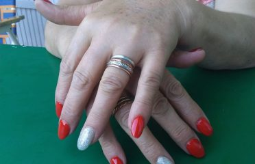Nails by Mora